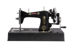 hand operated tailoring machine
